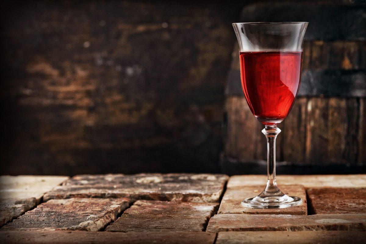 Вино из смородины в домашних условиях с дрожжами