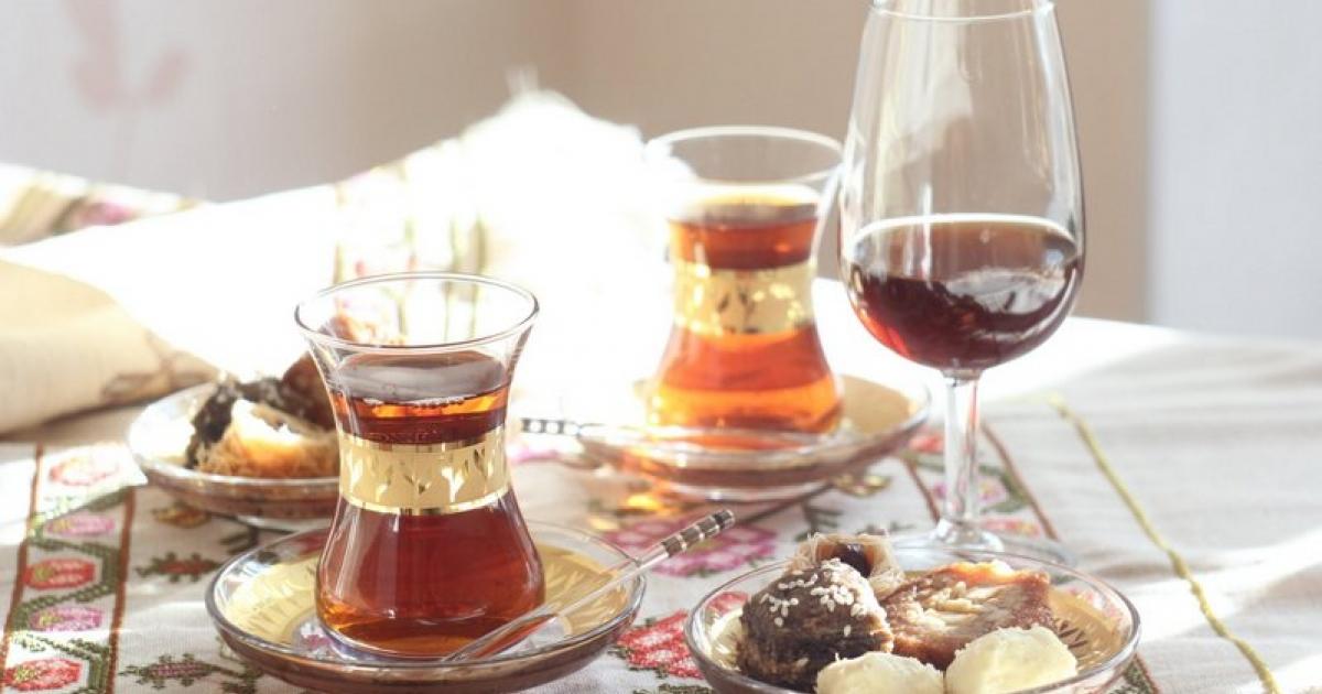 вино и чай