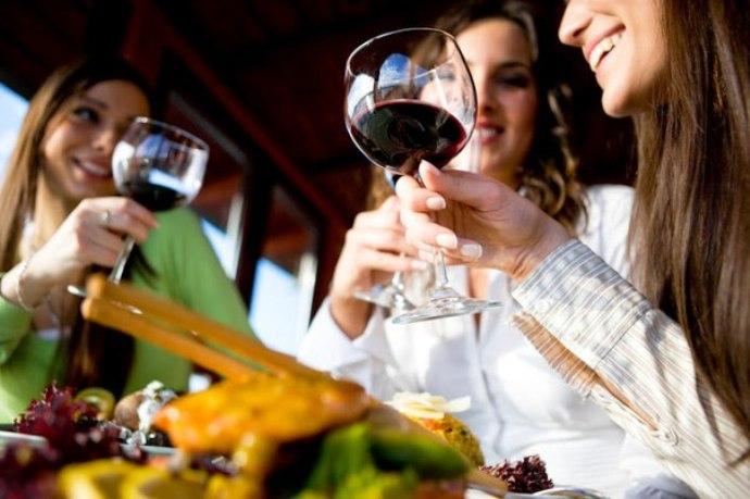 Чем выше градус алкоголя, тем больше калорий он в себе несет