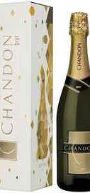 Вино игристое белое брют «Chandon Brut Mendoza» в подарочной упаковке