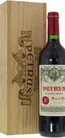 Вино красное сухое «Chateau Petrus» 2011 г., в подарочной упаковке