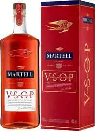Коньяк французский «Martell VSOP Aged in Red Barrels» в подарочной упаковке