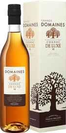 Коньяк французский «Grands Domaines de Luxe Cognac VS» в подарочной упаковке