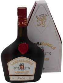 Арманьяк «Larressingle VSOP Armagnac» в подарочной упаковке