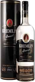 Водка «Kremlin Award» в жестяном тубусе