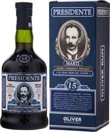 Ром «Presidente 15 Anos» в подарочной упаковке