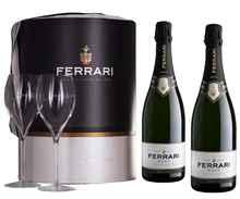 Вино игристое белое брют «Ferrari Brut Trento» набор из двух бутылок с двумя бокалами