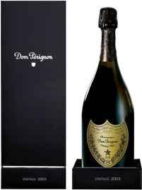 Шампанское белое брют «Dom Perignon 2003» в подарочной упаковке