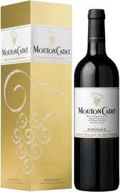 Вино красное сухое «Baron Philippe de Rothschild Mouton Cadet Rouge» 2010 г., в подарочной упаковке