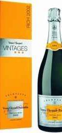 Шампанское белое сухое «Veuve Clicquot Rich Reserve» 2002 г. в подарочной упаковке