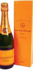 Шампанское брют «Veuve Clicquot Brut» в подарочной упаковке