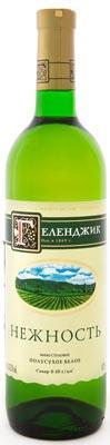 Вино столовое белое полусухое «Геленджик Нежность»