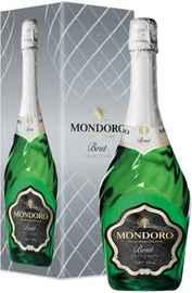 Вино игристое белое брют «Mondoro Brut» в подарочной упаковке