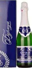 Шампанское российское белое полусладкое «Буржуа Таманское» в подарочной упаковке