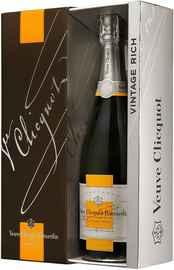 Шампанское белое сухое «Veuve Clicquot Rich Reserve» 2004 г. в подарочной упаковке
