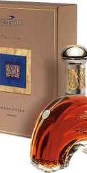 Коньяк «Martell Creation Grand Extra» в подарочной упаковке.