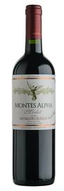 Вино красное сухое «Montes Alpha Merlot» 2011 г.