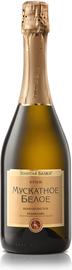 Вино игристое белое полусладкое «Мускатное белое»