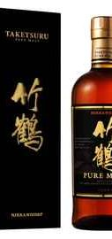 Виски «Nikka Taketsuru Pure Malt» в подарочной упаковке