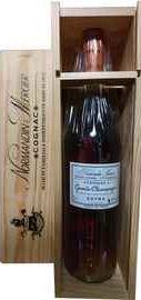 Коньяк французский «Grande Champagne Extra» в подарочной упаковке