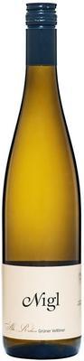 Вино белое сухое «Gruner Veltliner Alte Reben» 2015 г.
