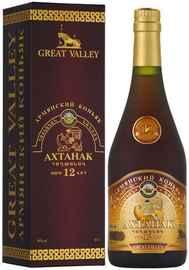 Коньяк армянский «Ахтанак 12-летний» в подарочной упаковке