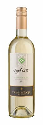 Вино белое сухое «Casas Del Toqui, Sauvignon Blanc Single Estate» 2015 г. с защищенным географическим указанием