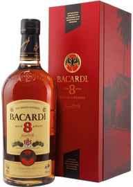 Ром «Bacardi Gran Reserva 8 Anos» в подарочной упаковке