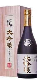 Саке «Aizu Homare Daiginjo» в деревянной подарочной упаковке