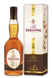 Кальвадос «Pere Magloire 12 Years Old» в подарочной упаковке