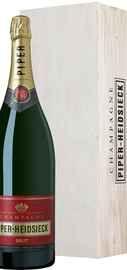 Вино игристое белое брют «Piper Heidsieck Brut» в деревянной упаковке