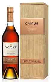 Коньяк французский «Camus Vintage 1983» в деревянной подарочной упаковке