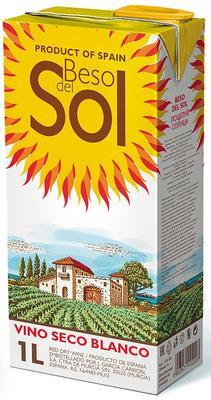 Вино белое сухое «Beso del Sol Blanco»