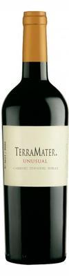 Вино красное сухое «TerraMater Unusual Carmenere-Shiraz» 2010 г.