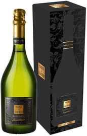 Вино игристое белое брют «Toques et Clochers Cremant de Limoux» 2014 г., в подарочной упаковке