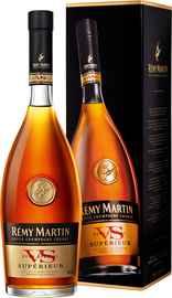 Коньяк французский «Remi Martin VS» в подарочной упаковке