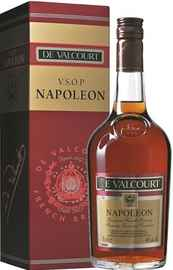 Бренди «De Valcourt Napoleon» в подарочной упаковке
