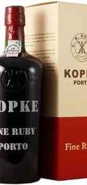 Портвейн «Kopke Fine Ruby Porto» в подарочной упаковке