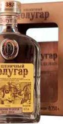 Напиток алкогольный крепкий «Полугар Пшеничный» в подарочной упаковке
