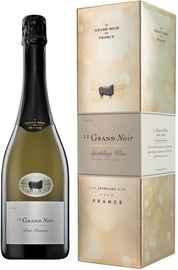 Вино игристое белое брют «Le Grand Noir Brut Reserve» в подарочной упаковке