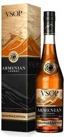 Коньяк армянский  «Армянский коньяк ВСОП» в подарочной упаковке