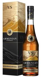 Коньяк армянский «Армянский коньяк ВС» в подарочной упаковке