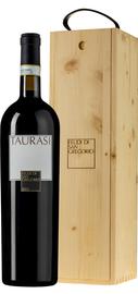 Вино красное сухое «Taurasi» 2012 г., в деревянной подарочной упаковке