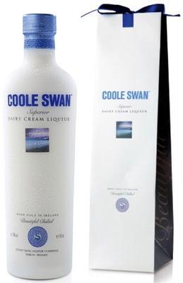 Ликер «Coole Swan» в подарочной упаковке