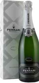 Вино игристое белое брют «Ferrari Perle Bianco Riserva» 2008 г., в подарочной упаковке