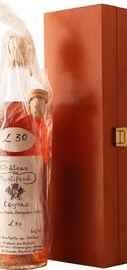 Коньяк французский «Petite Champagne Chateau de Montifaud 30 Years Old» в деревянной коробке