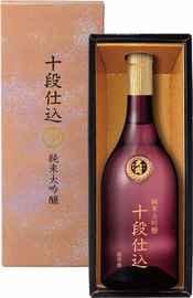 Саке «Jumnai Daiginjo Judan Jikomi» в подарочной упаковке