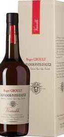 Кальвадос «Venerable Pays d'Auge» в подарочной упаковке