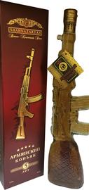 Коньяк армянский «Автомат» в подарочной упаковке