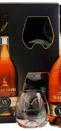 Коньяк грузинский  «Sarajishvili VS» в подарочной упаковке с двумя стаканами